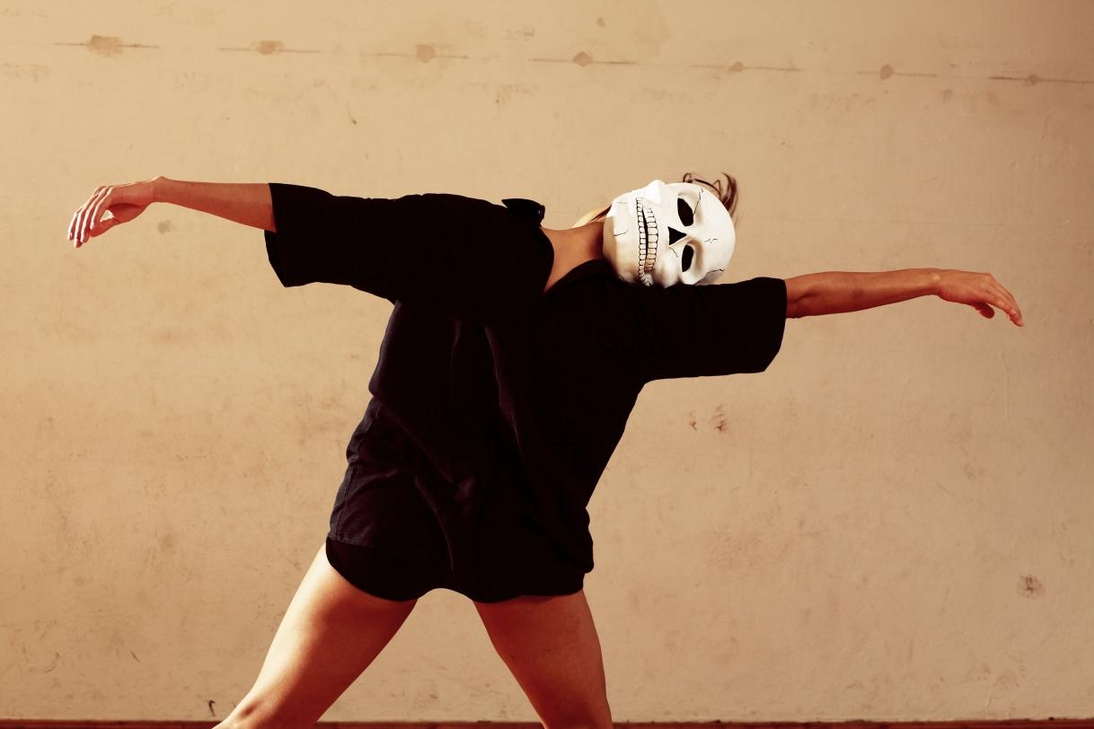 Autorretrato con máscara