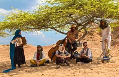 todos-desierto-3-burning-caravan