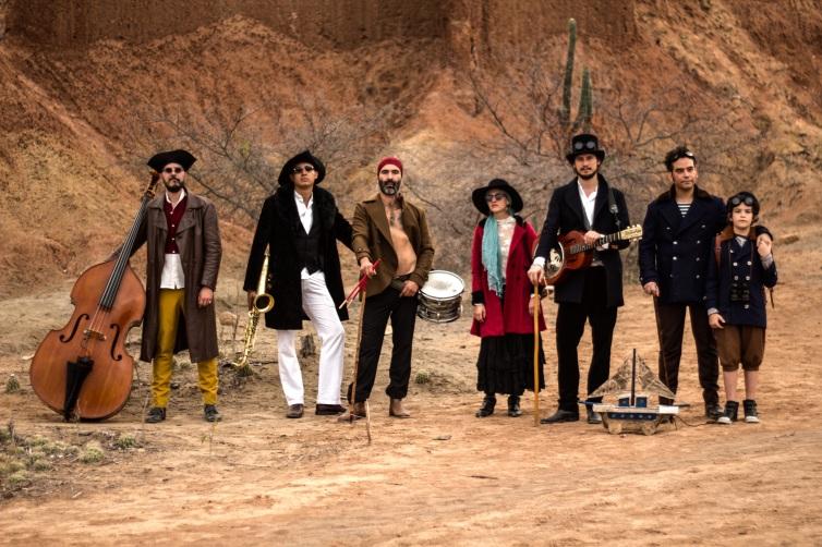 todos-desierto-burning-caravan