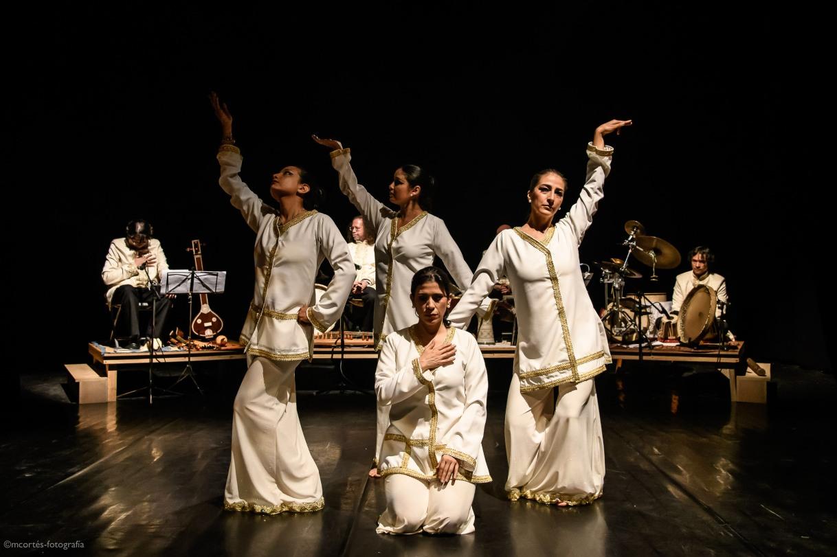 La puerta del destino: Danza y música espiritual deoriente